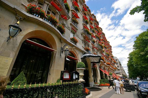 fashion-streets avenue-montaigne-paris-bc-paste