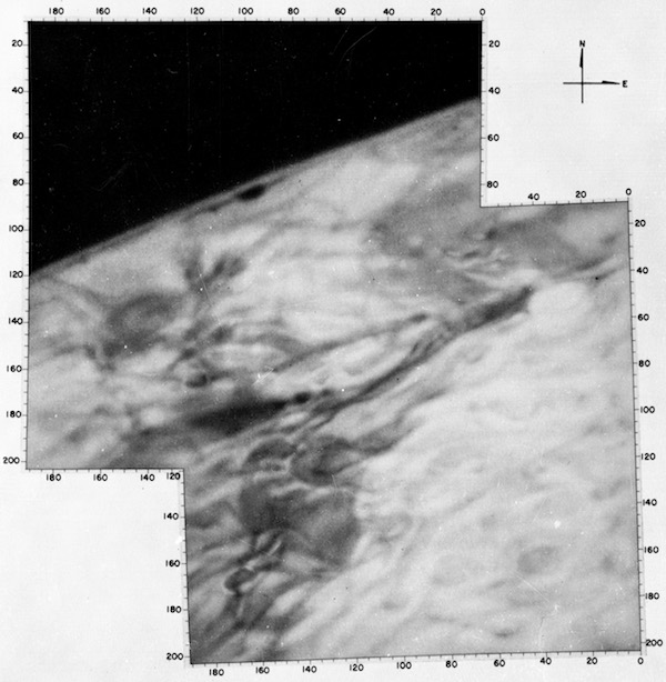 first-pictures-of-planets mars-mariner-4