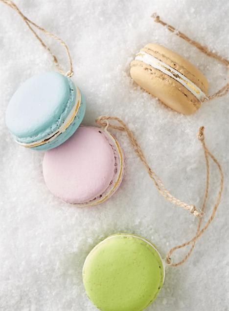food-ornaments 19-macarons