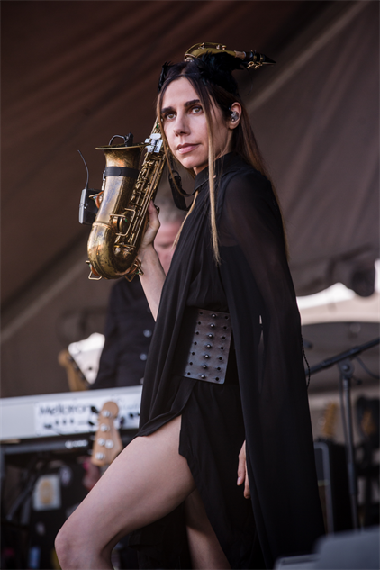 forecastled3-2017 pjharvey-forecastlefestival-day-3-cortneyarmitage-126a844410