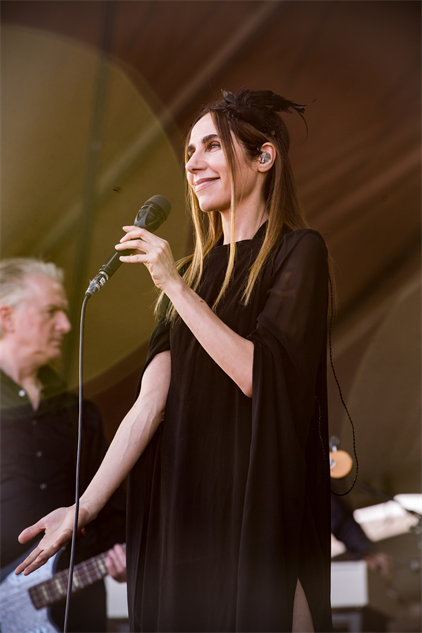 forecastled3-2017 pjharvey-forecastlefestival-day-3-cortneyarmitage-126a850510