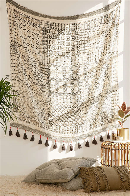 fringe-accent-decor tapestry