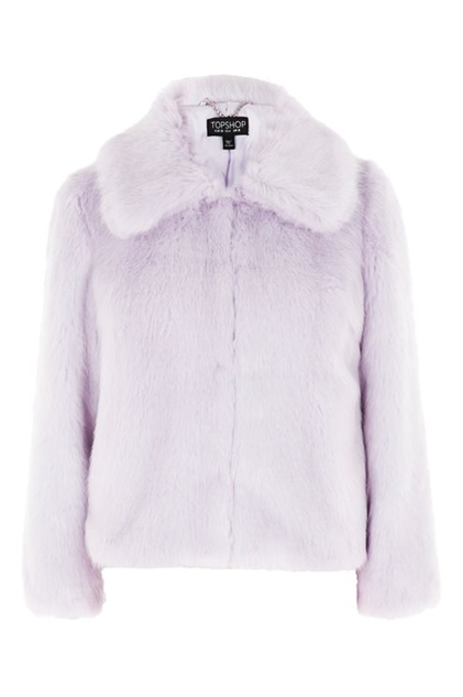 Fuzzy Jackets That are Like a Warm Winter Hug :: Style