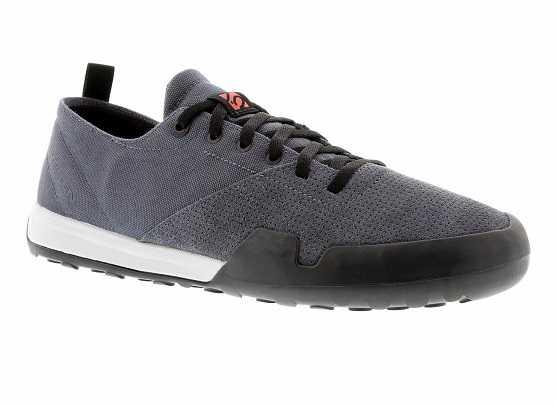 gear-geek-summer-shoes 5-10-urban-shoe