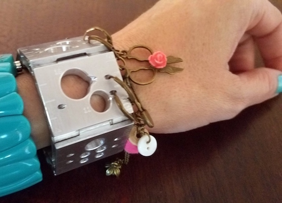 gg-7-kickstarters tink-wearable-notions-bracelet
