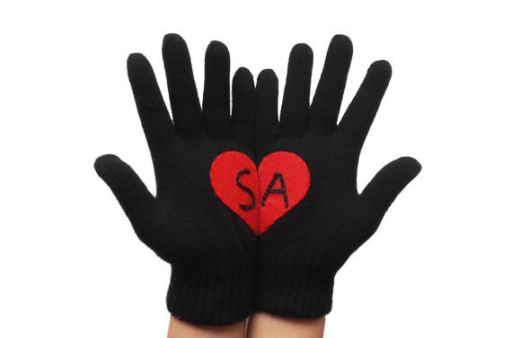 gift-guide valentinegloves