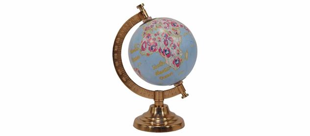 globes 51245774