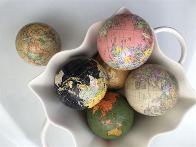 globes il-570xn1216014451-npu4