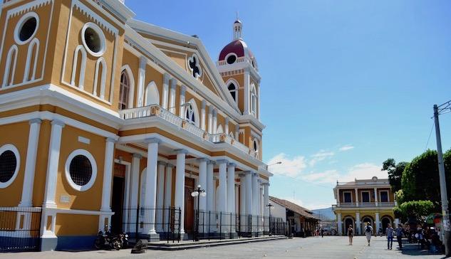 granada-nicaragua 2-granada-cathedral
