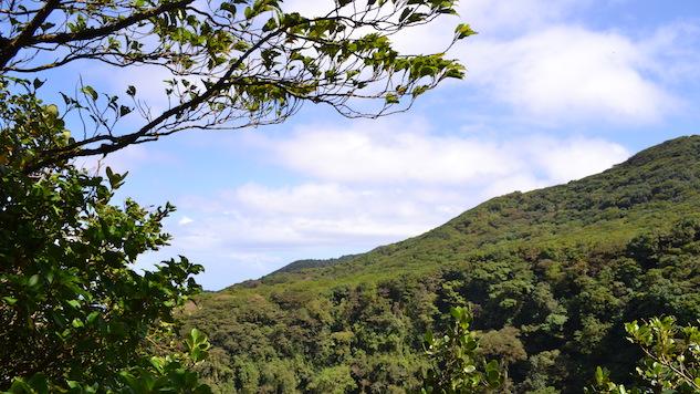 granada-nicaragua hike-volcano