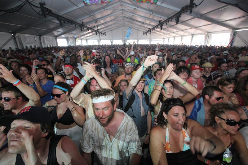 hangout-music-fest-2011 photo_24737_0-30
