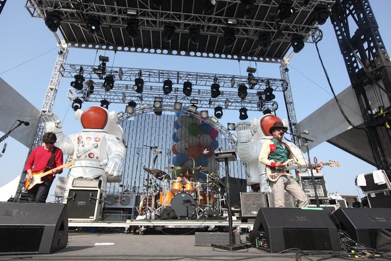 hangout-music-fest-2011 photo_24740_0-18