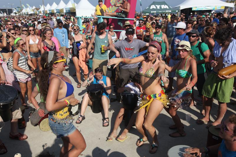 hangout-music-fest-2011 photo_31874_0-3