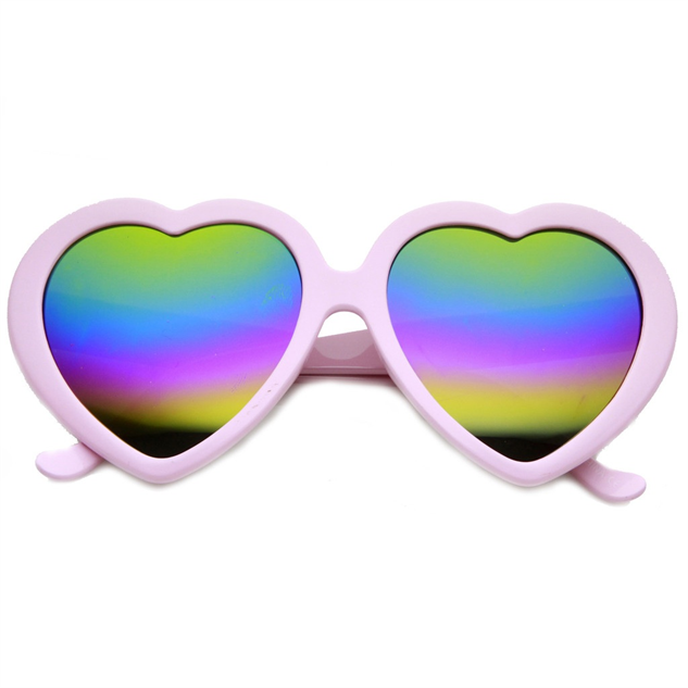 heart-shaped-sunglasses mirror