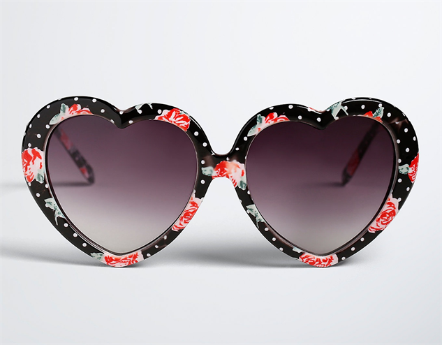 heart-shaped-sunglasses rose