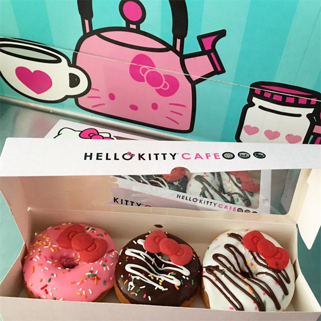 hello-kitty-cafe 13043350-938587716257732-7278979885871301986-n