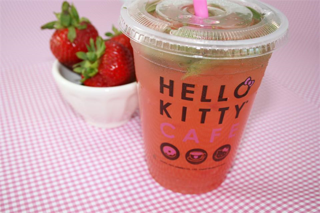 hello-kitty-cafe 13709752-991999487583221-3082021744153505341-n
