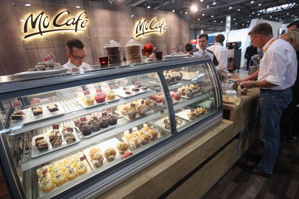 history-of-cafes 132891249