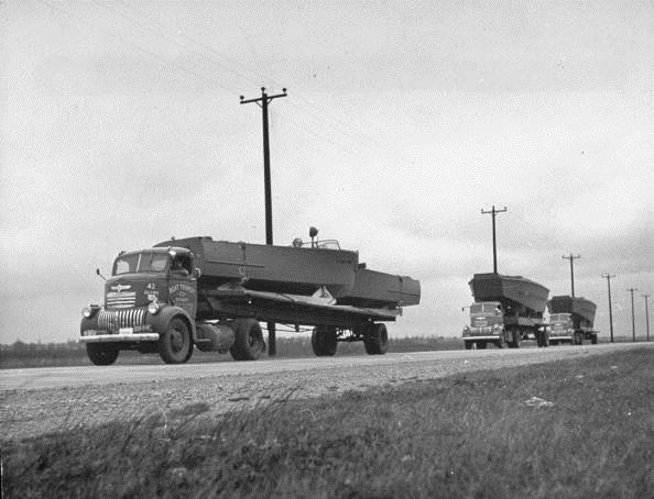 history-of-trucking truck-1940s