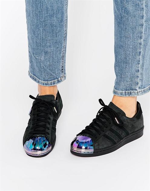 holograpchic-accessories adidas