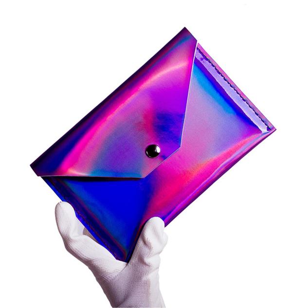 holograpchic-accessories purple