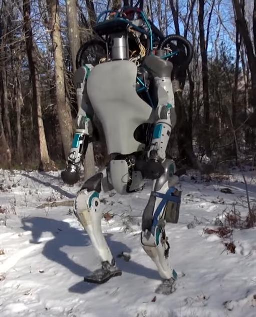 humanoid-robots boston-dynamics-atlas-full