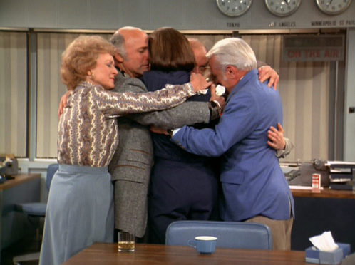 iconic-sitcom-moments show-mary-tyler-moore-show-finale-hug