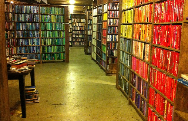 indie-bookstores last-bookstore-take-2