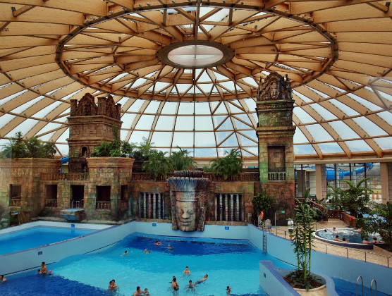 7 Of The World S Best Indoor Water Parks Travel Paste