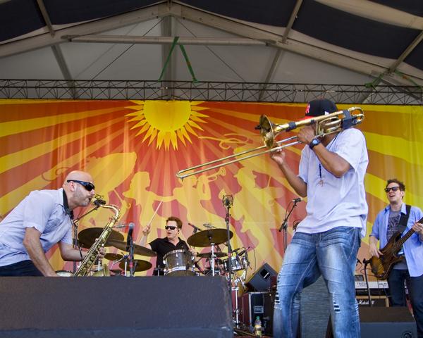 jazz-fest-2011-day-4 photo_25973_0-7