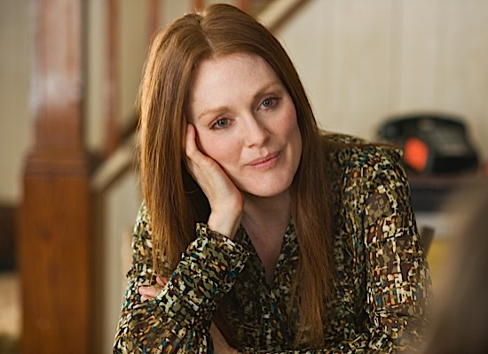 julianne-moore 52-moore-beingflynn