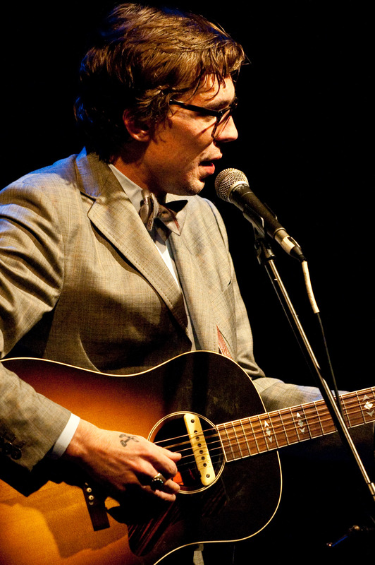 justin-townes-earle-at-the-sellersville-theatre-sellersville-pa-june-13-2010 photo_6553_0-2
