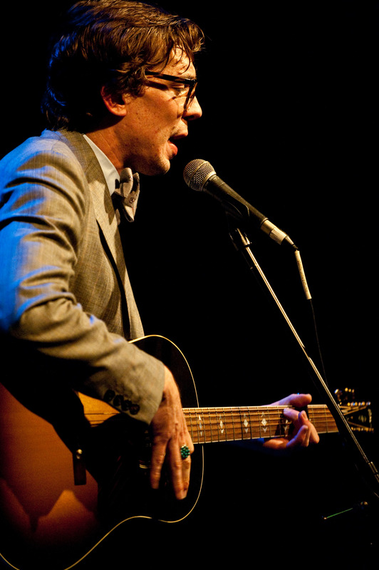 justin-townes-earle-at-the-sellersville-theatre-sellersville-pa-june-13-2010 photo_6558_0
