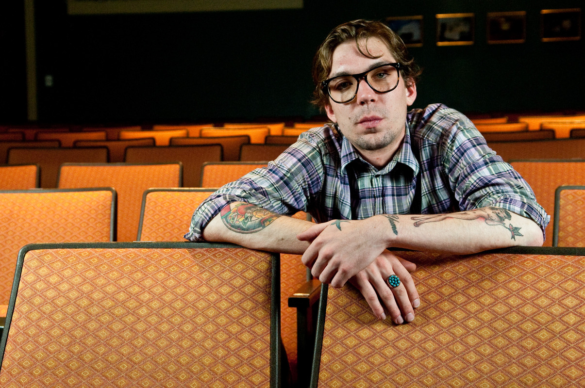 justin-townes-earle-at-the-sellersville-theatre-sellersville-pa-june-13-2010 photo_7268_0-3