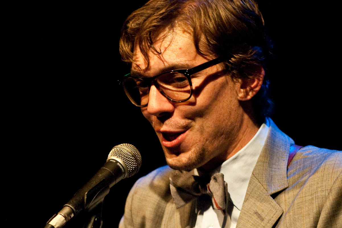 justin-townes-earle-at-the-sellersville-theatre-sellersville-pa-june-13-2010 photo_7268_0