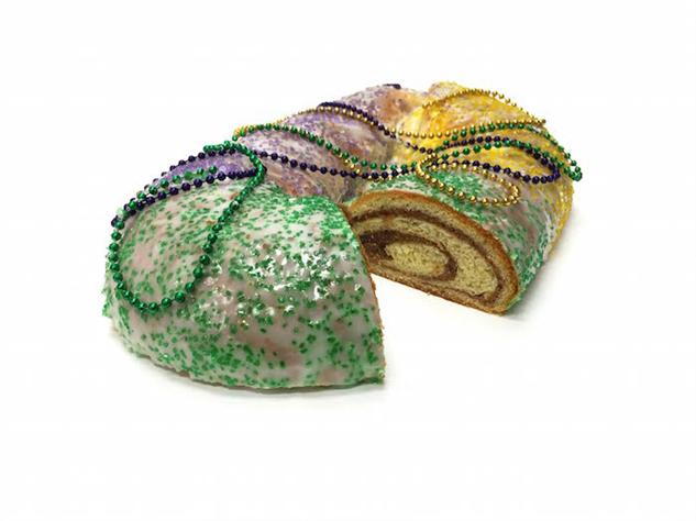 king-cake 14--freeds-bakery