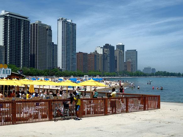 lake-michigan-bl oak-street-beach-food-chicago-bl-paste