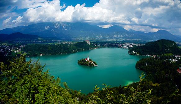 lakes lake-bled-slovenia-lakes