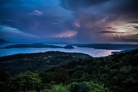 lakes taal-lake-philippines-lakes