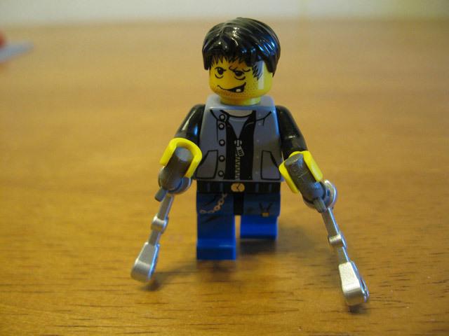 lego-breaking-bad-meth-lab photo_5757_0