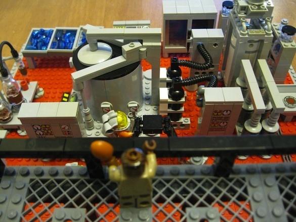 lego-breaking-bad-meth-lab photo_5763_0