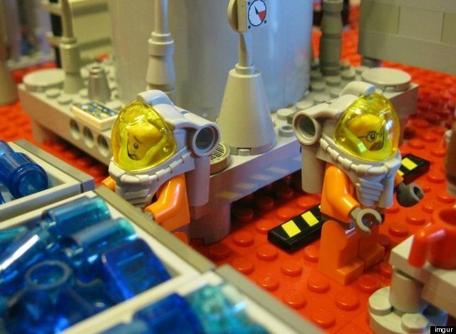 lego-breaking-bad-meth-lab photo_5764_0