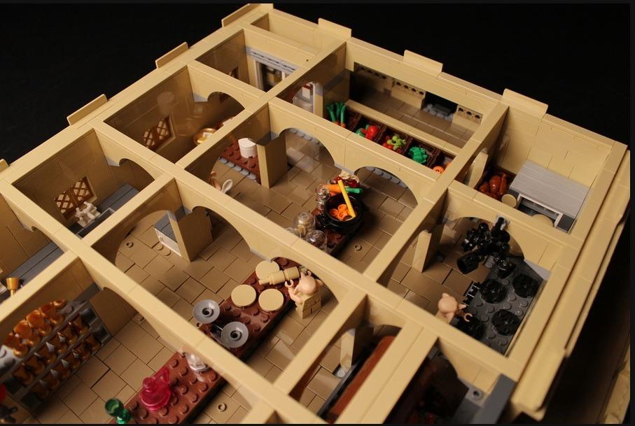 lego-hogwarts-castle photo_26181_0-2