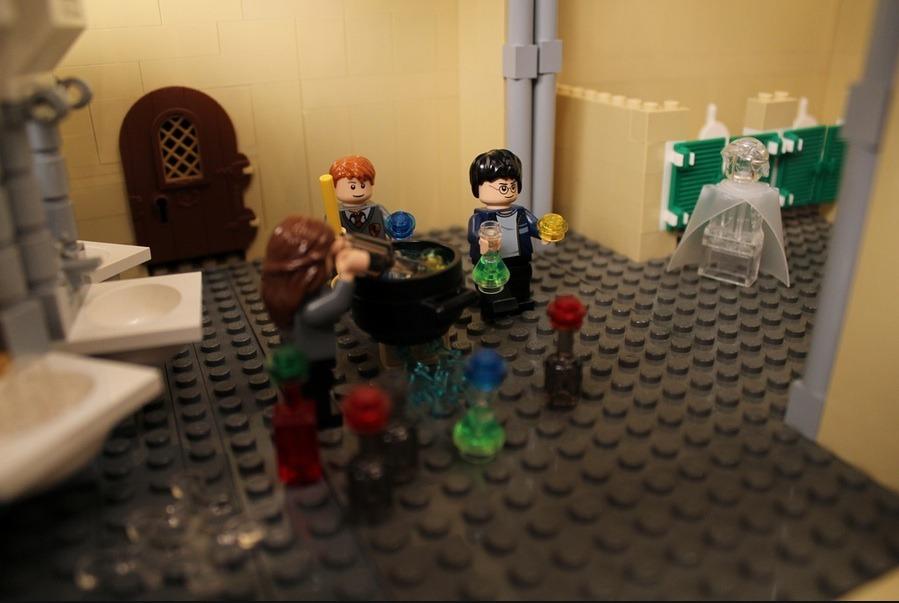 lego-hogwarts-castle photo_26181_0-7