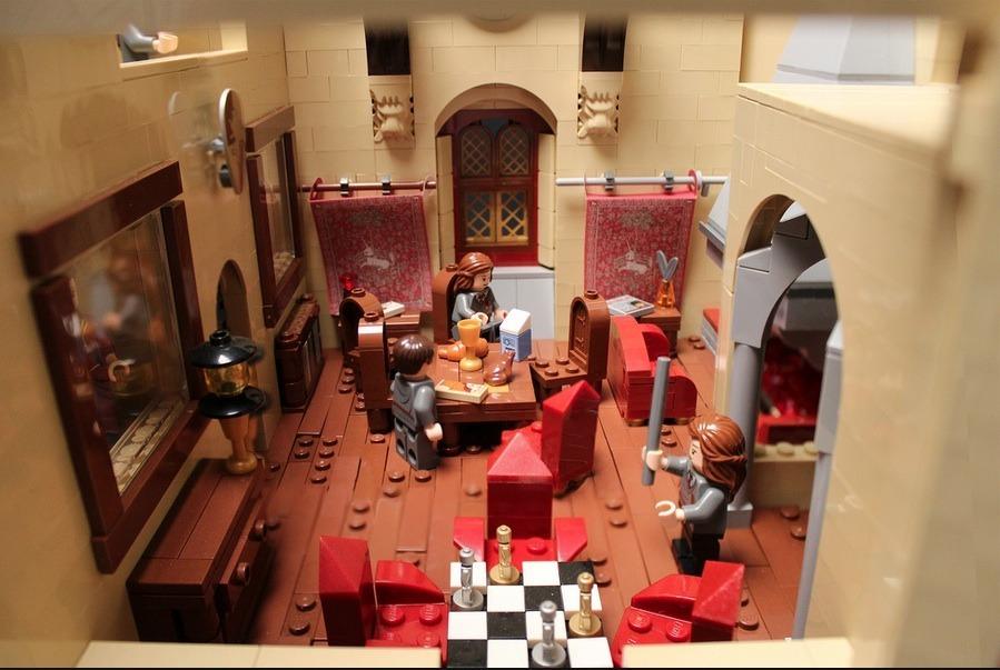 lego-hogwarts-castle photo_26181_1-3