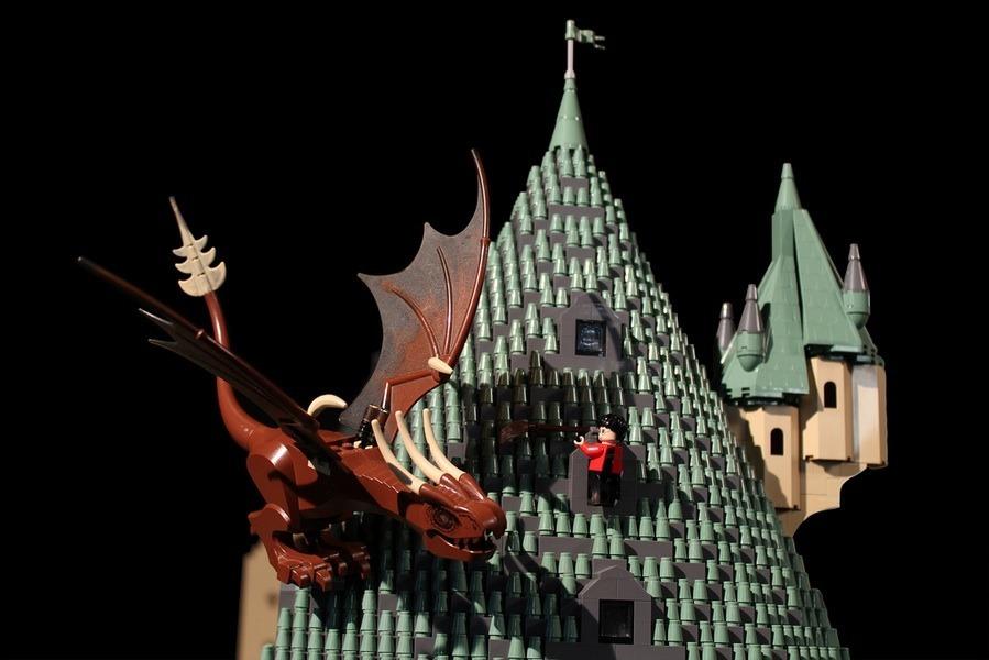 lego-hogwarts-castle photo_26181_1-5