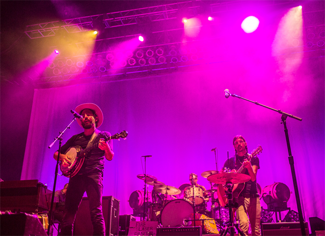 liz-atkins-and-avett-brothers 1a8a3904