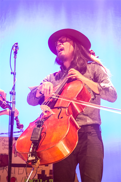 liz-atkins-and-avett-brothers 1a8a3974