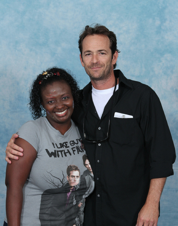 luke-perry-poses-with-nerds photo_8161_0-4