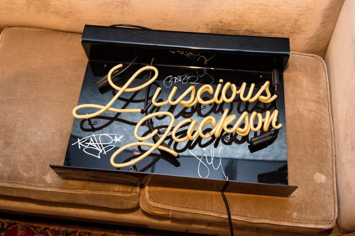 lusciousjackson photo_19786_0-7
